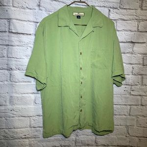 Tommy Bahama large green silk button shirt flaw